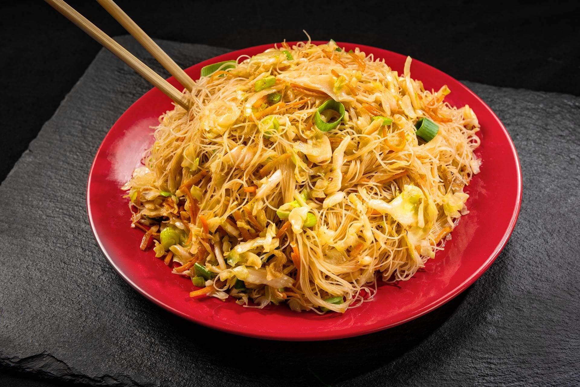 Tăiței de orez cu legume